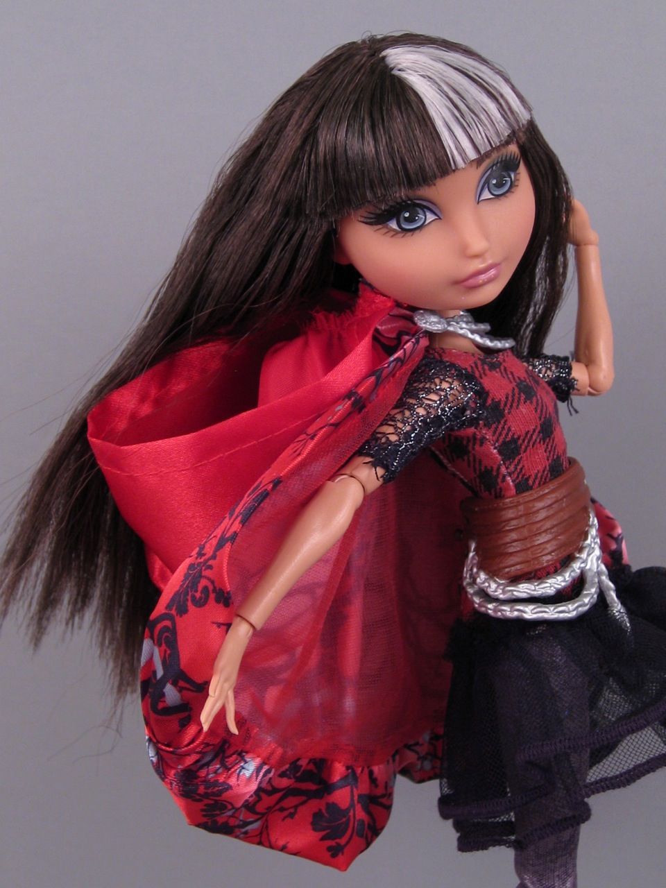 Ever After High Toy Box : Ever after high quot cerise hood the toy box philosopher