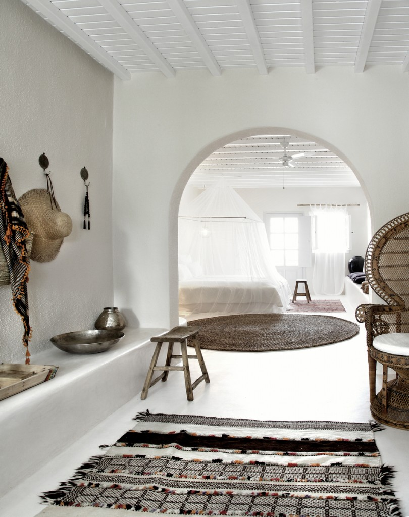 The house by the danube boutique hotel in mykonos for Deco de interiores
