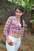 sheena shahabadi glam pix-thumbnail-16