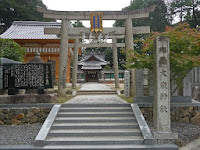 創建は718 (養老2)年と伝えられる歴史ある神社である。