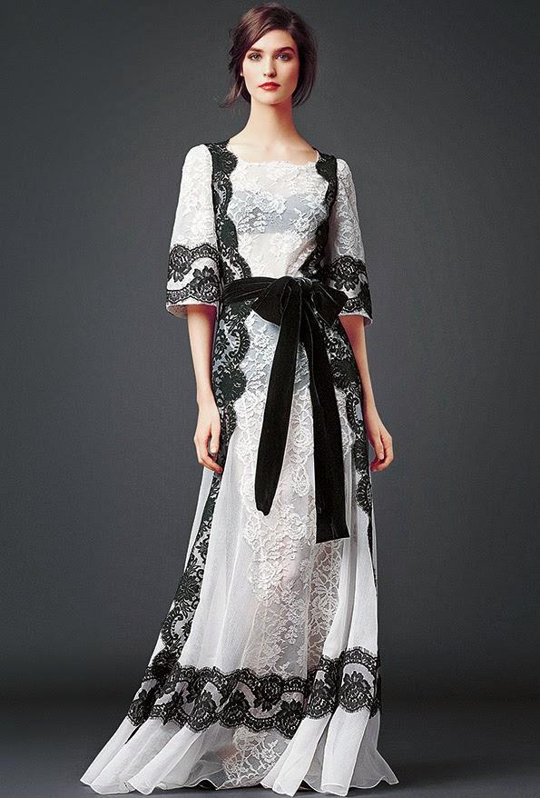 dolce and gabbana black and white lace modest maxi dress with sleeves stylish beautiful fashion Mode-sty jewish tznius mormon lds christian pentecostal muslim hijab islamic