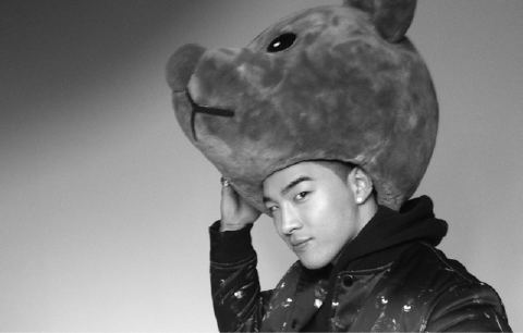 Big Bang Photos - Page 3 Taeyang