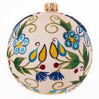 Ręcznie malowana bombka z motywem haftu kaszubskiego