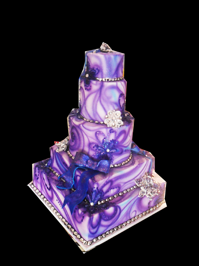 Images Of Purple Wedding Cake : wedding cake ideas on Pinterest Purple Wedding Cakes ...