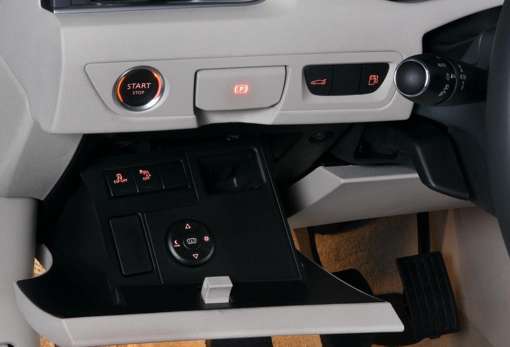 cockpit autom vel conte dos auto ensaio peugeot 508 1 6 e hdi 112 cv cmp caixa manual pilotada. Black Bedroom Furniture Sets. Home Design Ideas