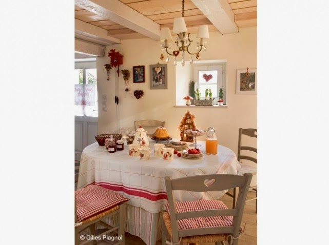 Homes for Christmas - shabby&countrylife.blogspot.it