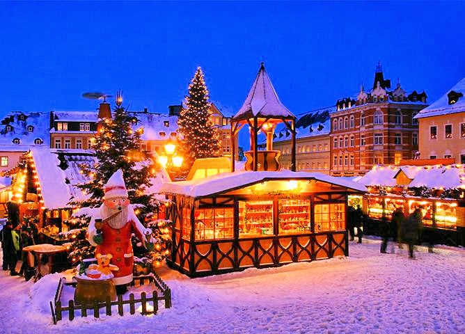 Top 5 Reasons To Go On A European Christmas Market River Cruise