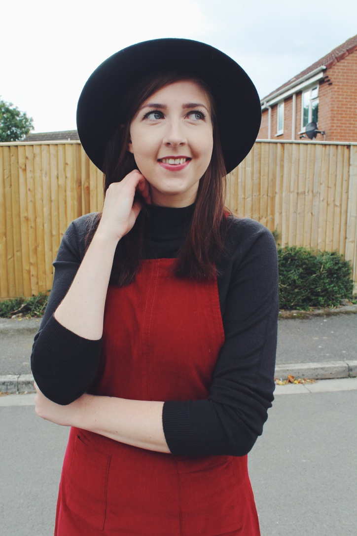 asos, asseenonme, wiw, whatimwearing, lotd, lookoftheday, ootd, outfitoftheday, primark, burgundypinafore, corduroypinafore, primarkhaul, fbloggers, fashionbloggers