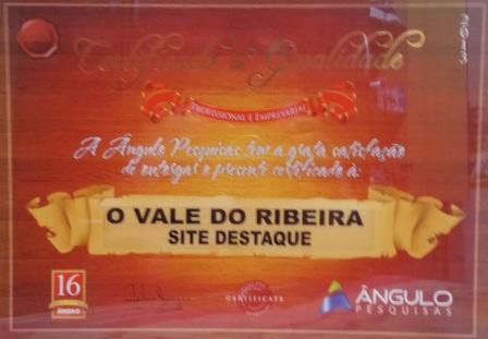"""Site O Vale do Ribeira recebe prêmio """"Site Destaque"""" no Estoril em Registro-SP"""