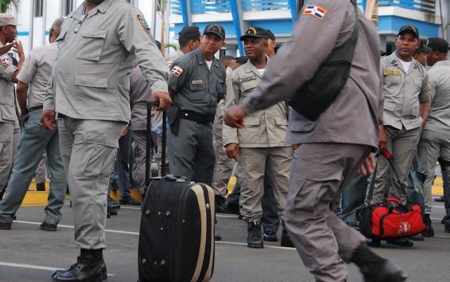 Población cree policías gordos no están acto para hacer su trabajo