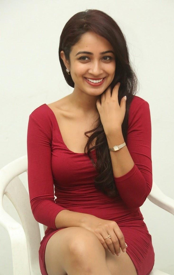 Aditi Chengappa Latest Cute Smile Photos
