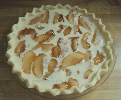 Apple Cream Pie with Walnuts Recipe