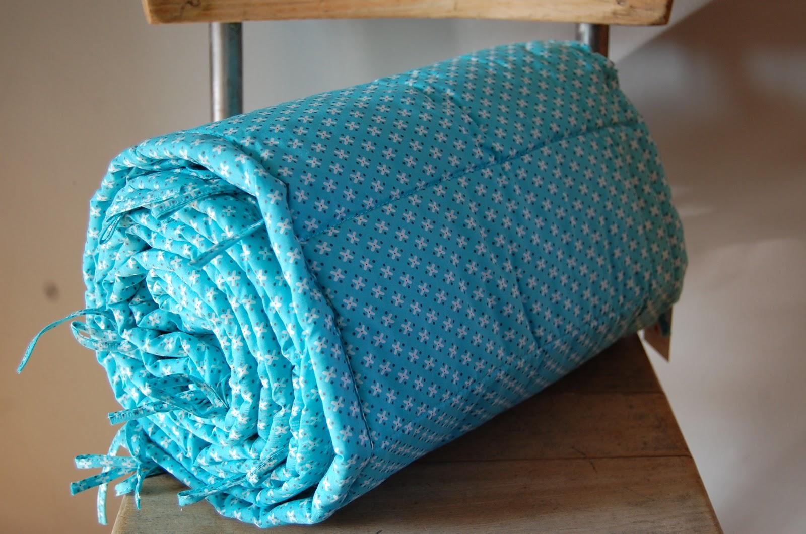rose avril petit pan linge de lit bb. Black Bedroom Furniture Sets. Home Design Ideas