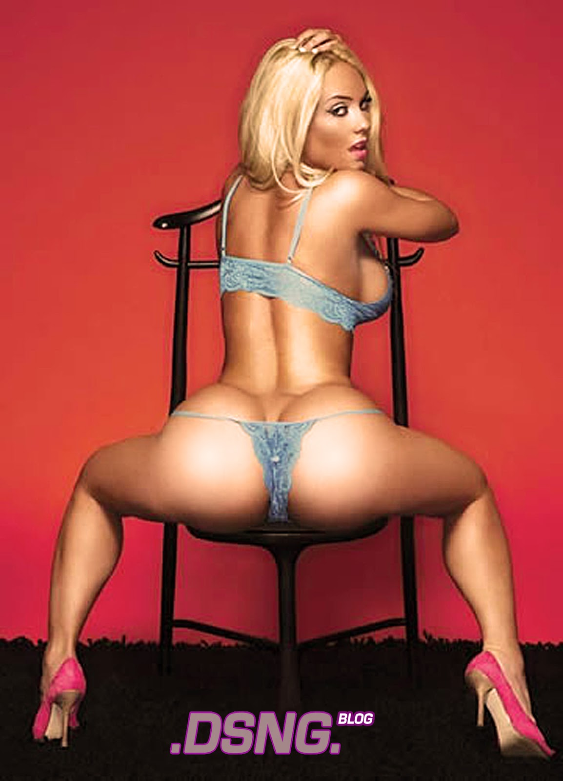 Blonde big boobs coco austin naked