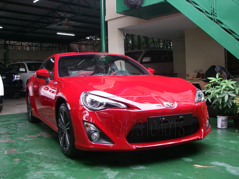 2013 Toyota FT86 2 Door Coupe Brand New!