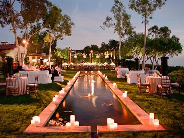 Decorar la piscina de la finca organizar una boda - Velas para piscinas ...