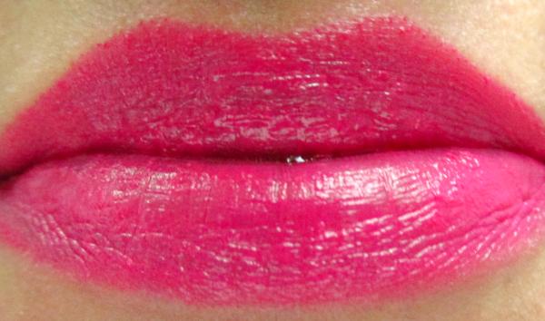 Catrice Metallure Lip Colour in C02 Alluring Pink  Swatch