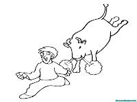 Gambar Seorang Anak Kecil Berlari Menghindari Banteng Ngamuk