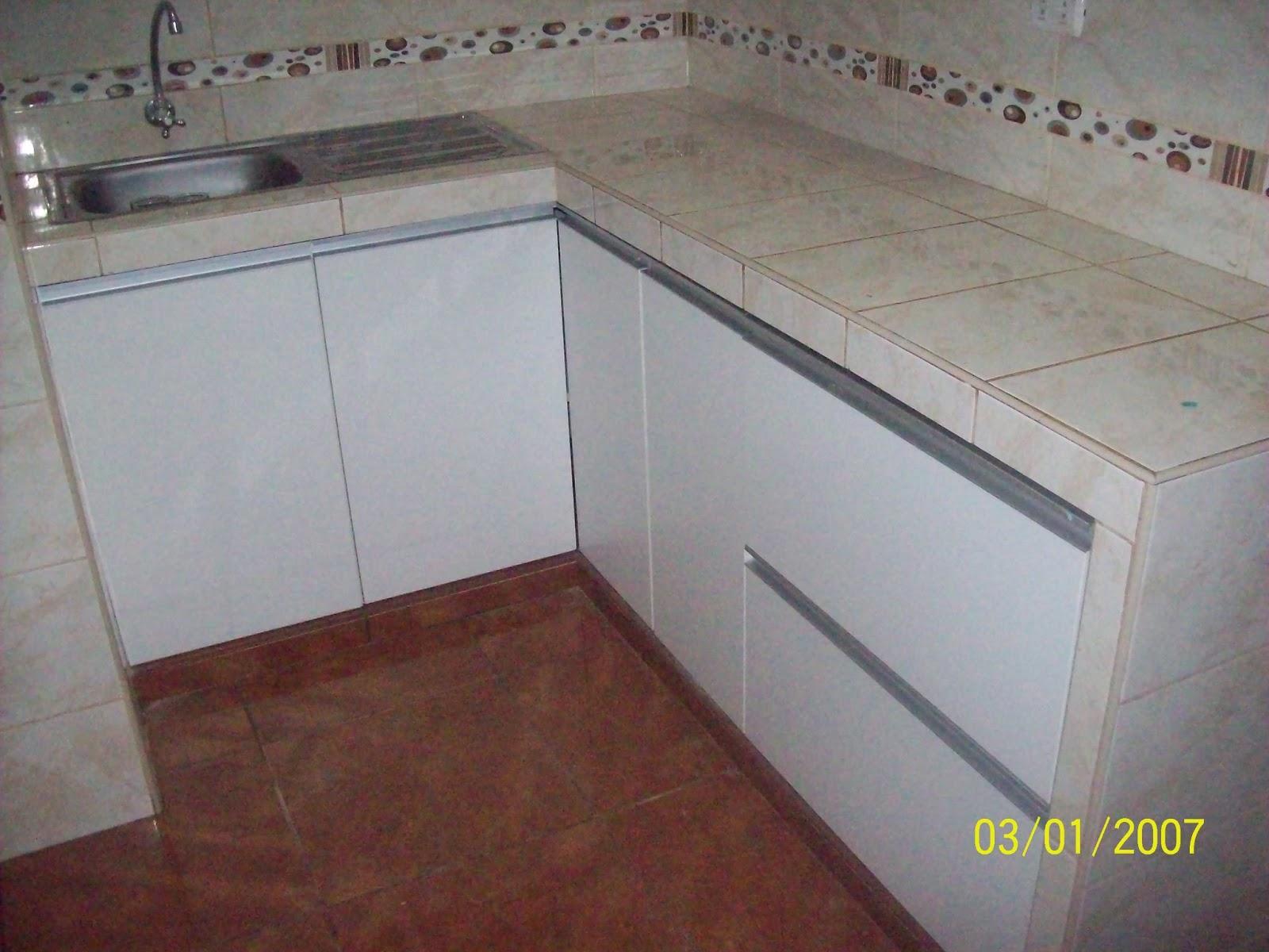 E y g proyectos integrales muebles en melamina aluminio y vidrio muebles de cocina - Muebles de cocina de aluminio ...