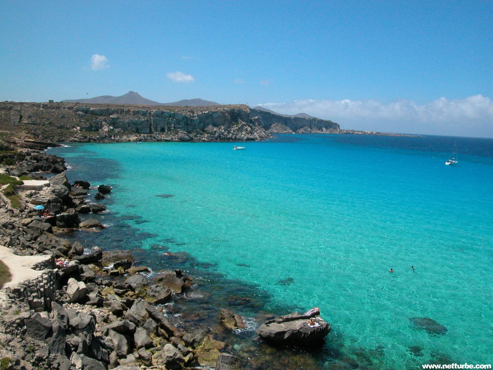 Favignana francesco pontoni for Calla rossa