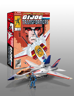 San Diego Comic-Con 2011 Exclusive G.I. Joe x Transformers Starscream Sky Striker Jet with Cobra Commander Action Figure &amp; a Megatron Walther P38 Pistol and Packaging
