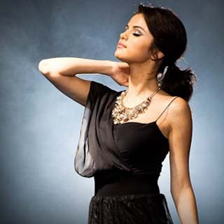 Selena Gomez - Not Over It Lyrics | Letras | Lirik | Tekst | Text | Testo | Paroles - Source: musicjuzz.blogspot.com