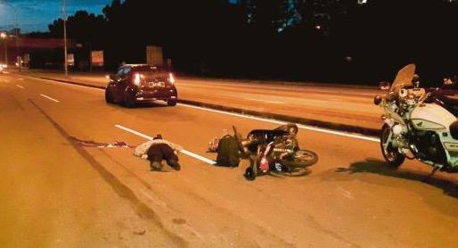 Langgar dan seret penunggang motosikal sampai meninggal, pemandu bas cabut lari