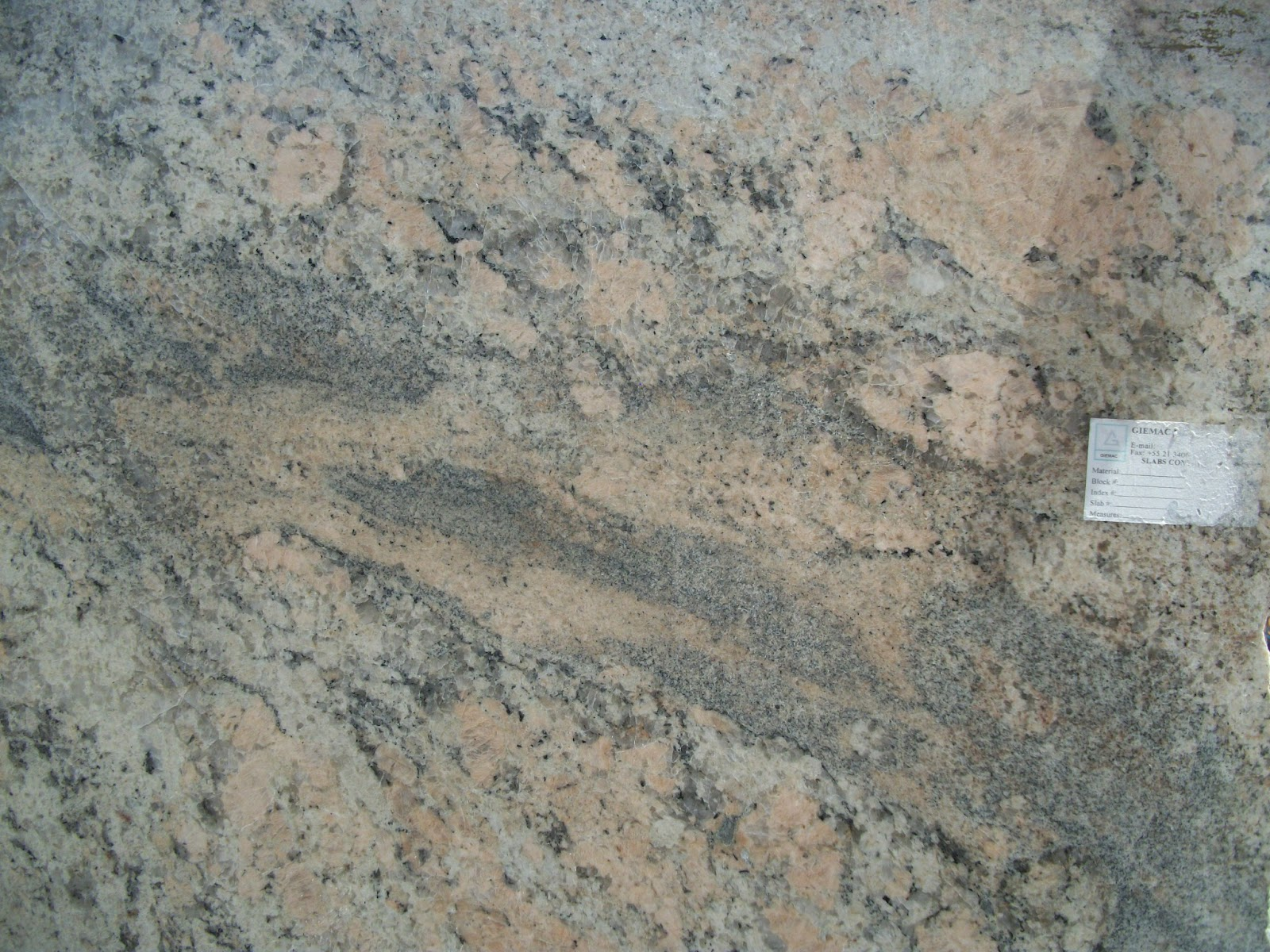 Stone Solutions Granite: Choosing the Right Color!?