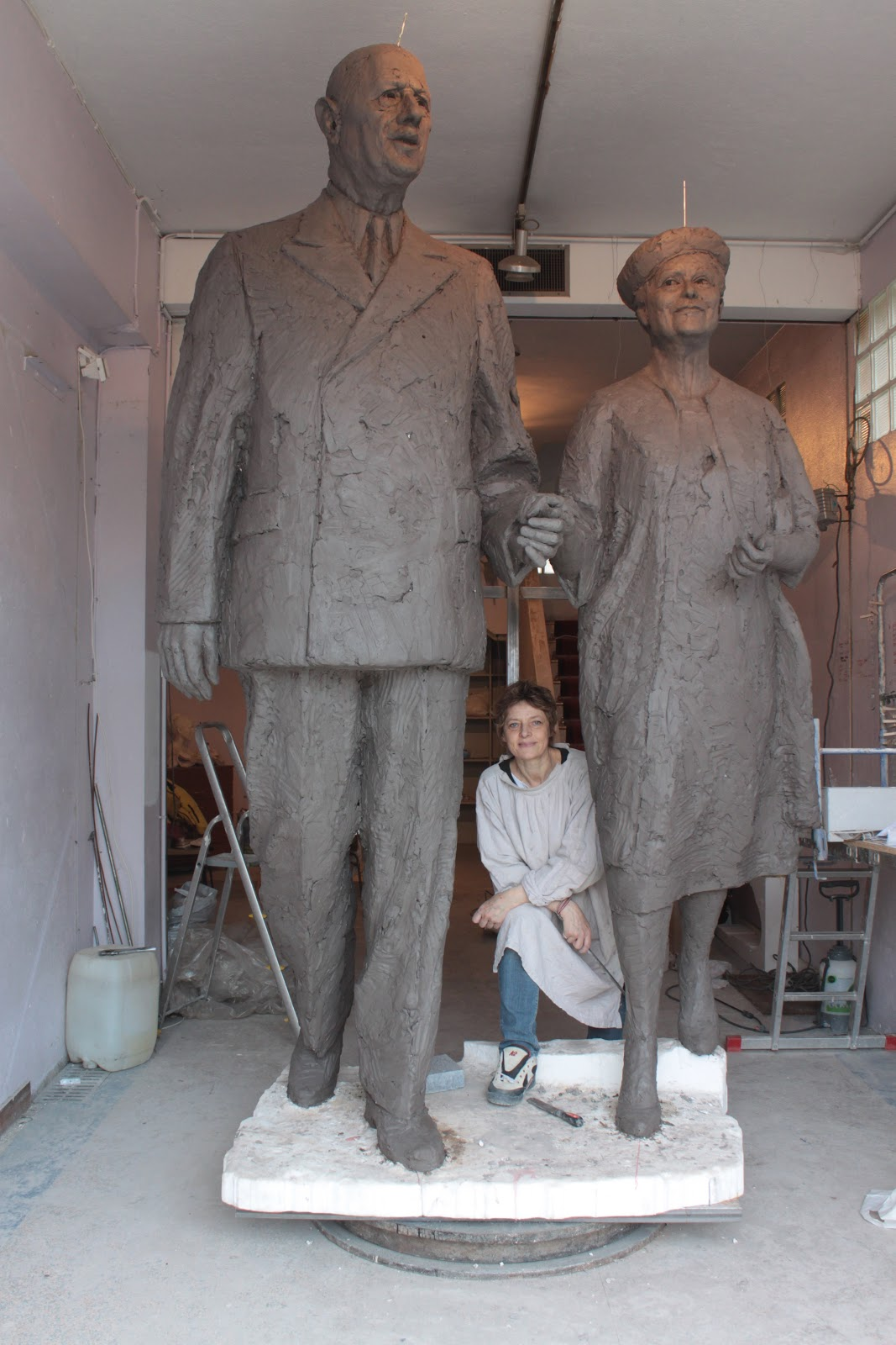 Cibot  Oeuvres en cours Monument Charles de Gaulle  Yvonne Vendroux