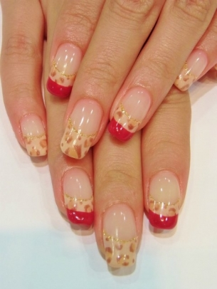Chic-and-Easy-Fall-2012-Nail-Art-Designs-9