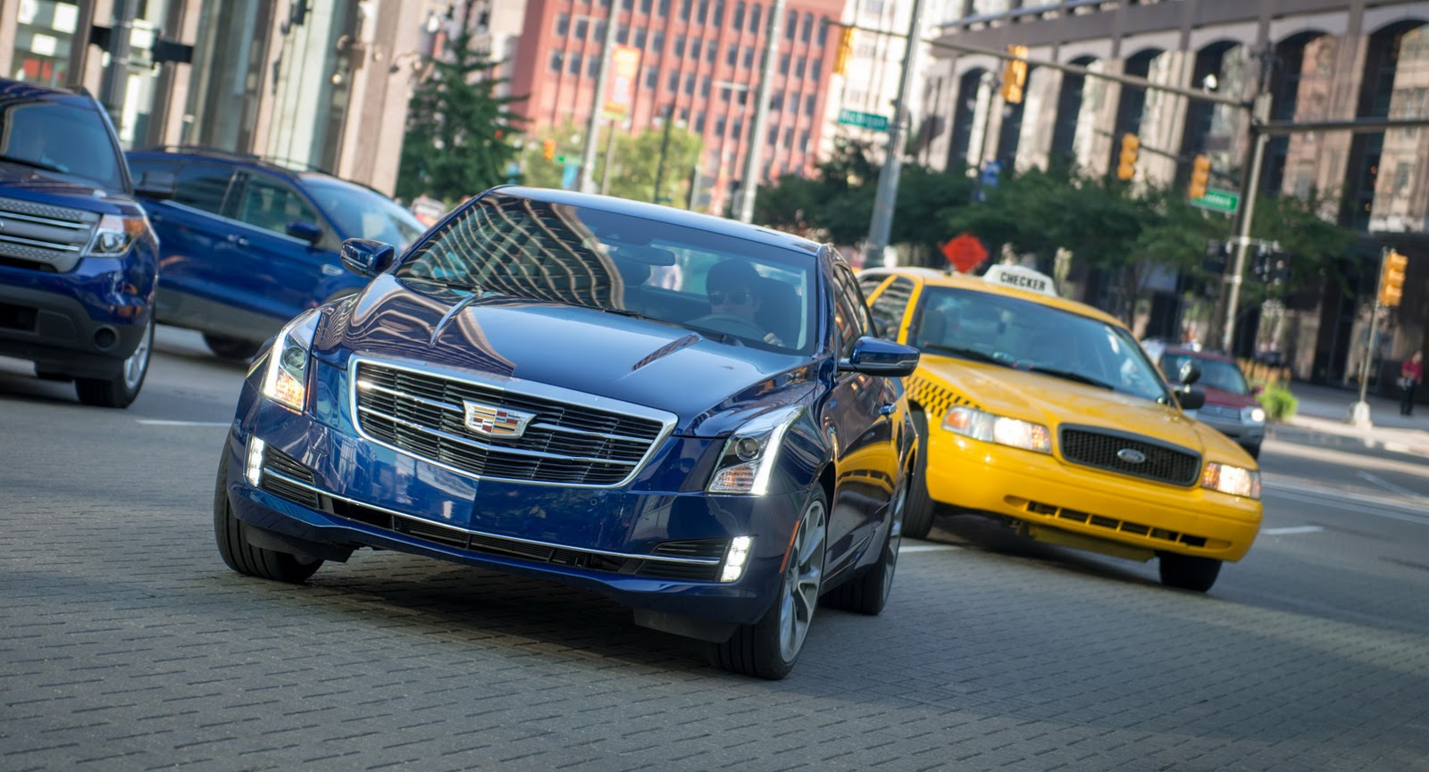 2015-Cadillac-ATScoupe-39.jpg