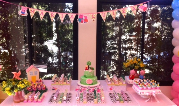 Festa Peppa Pig - Mesa decorada
