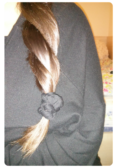 Day 3 hair, scrunchie for healthy hair, L'oreal ever riche shampoo and conditioner, organix macadamia hair oil