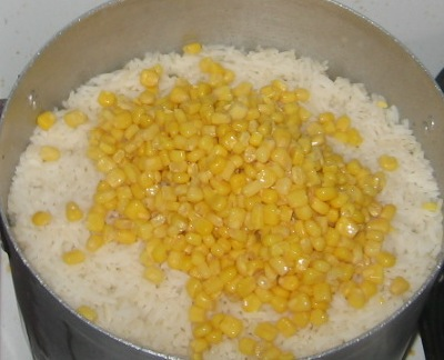 Wives connection how to cook coconut rice with sweet corn and how to cook coconut rice with sweet corn and corned beef ccuart Choice Image