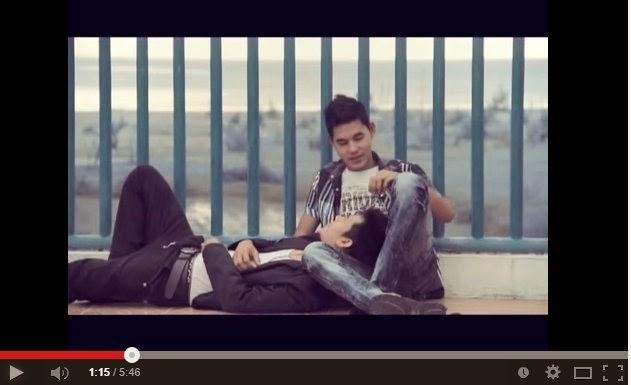 VIDEO JOM TENGOK Lagu Jiwang Gay Lelaki Untuk Lelaki Pun Ada