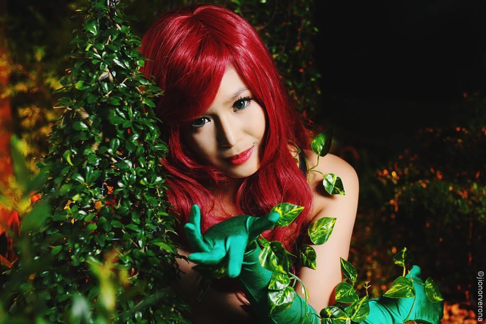 myrtle sarrosa sexy poison ivy cosplay 03
