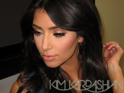Celebuzz  Kardashian on Testeadora  El Make Up De Kim Kardashian