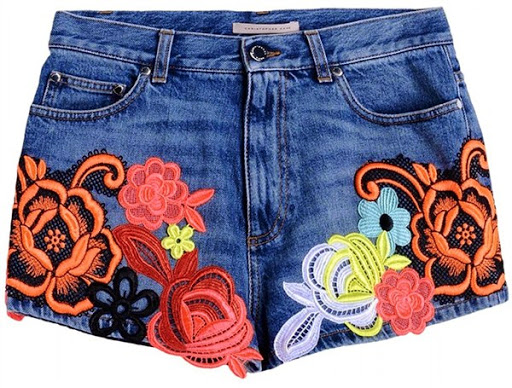Model celana pendek denim dari Christopher Kane ($1,780)