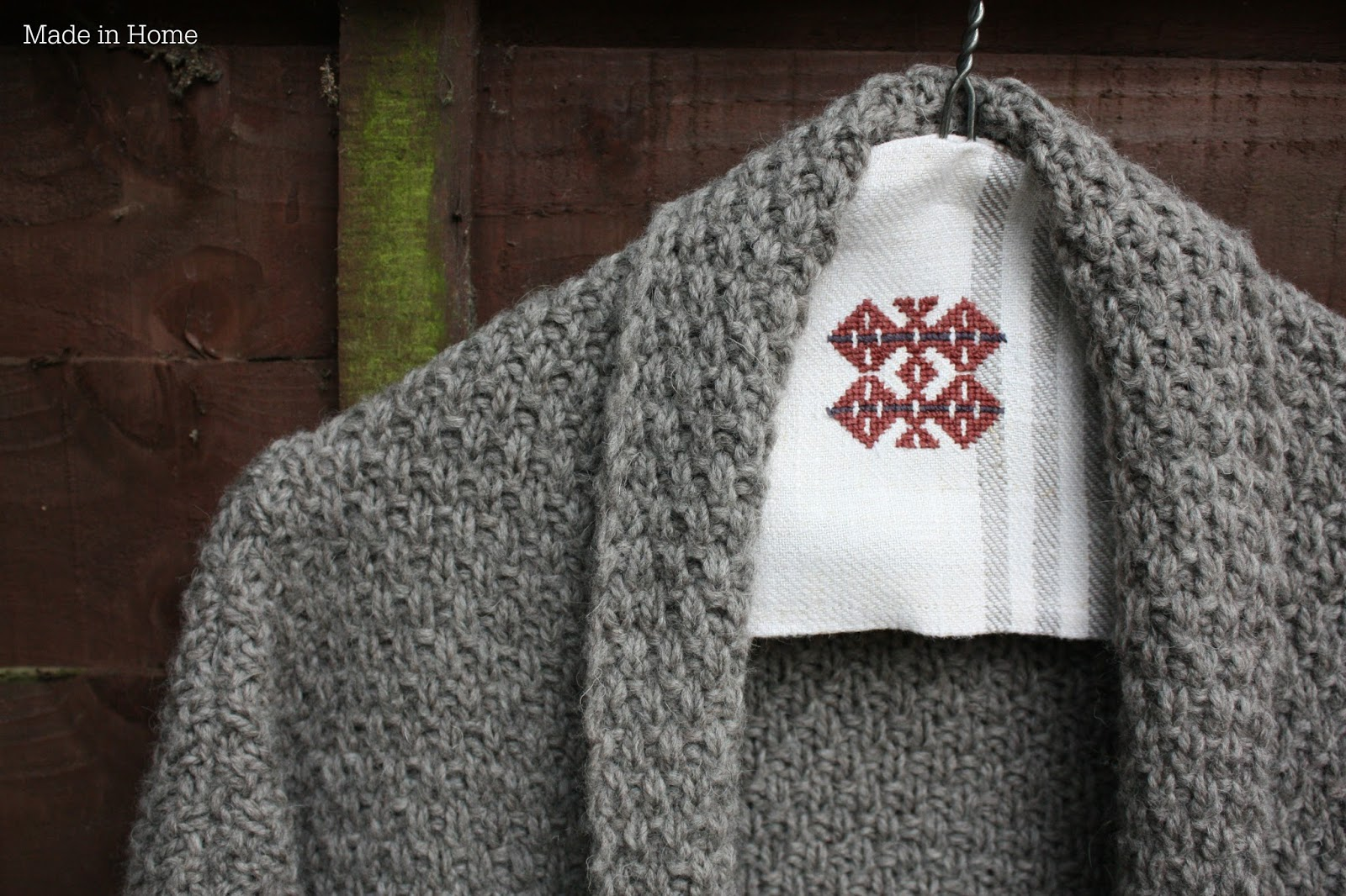 Made in Home: The Double Moss Stitch Cardigan :: Knitting