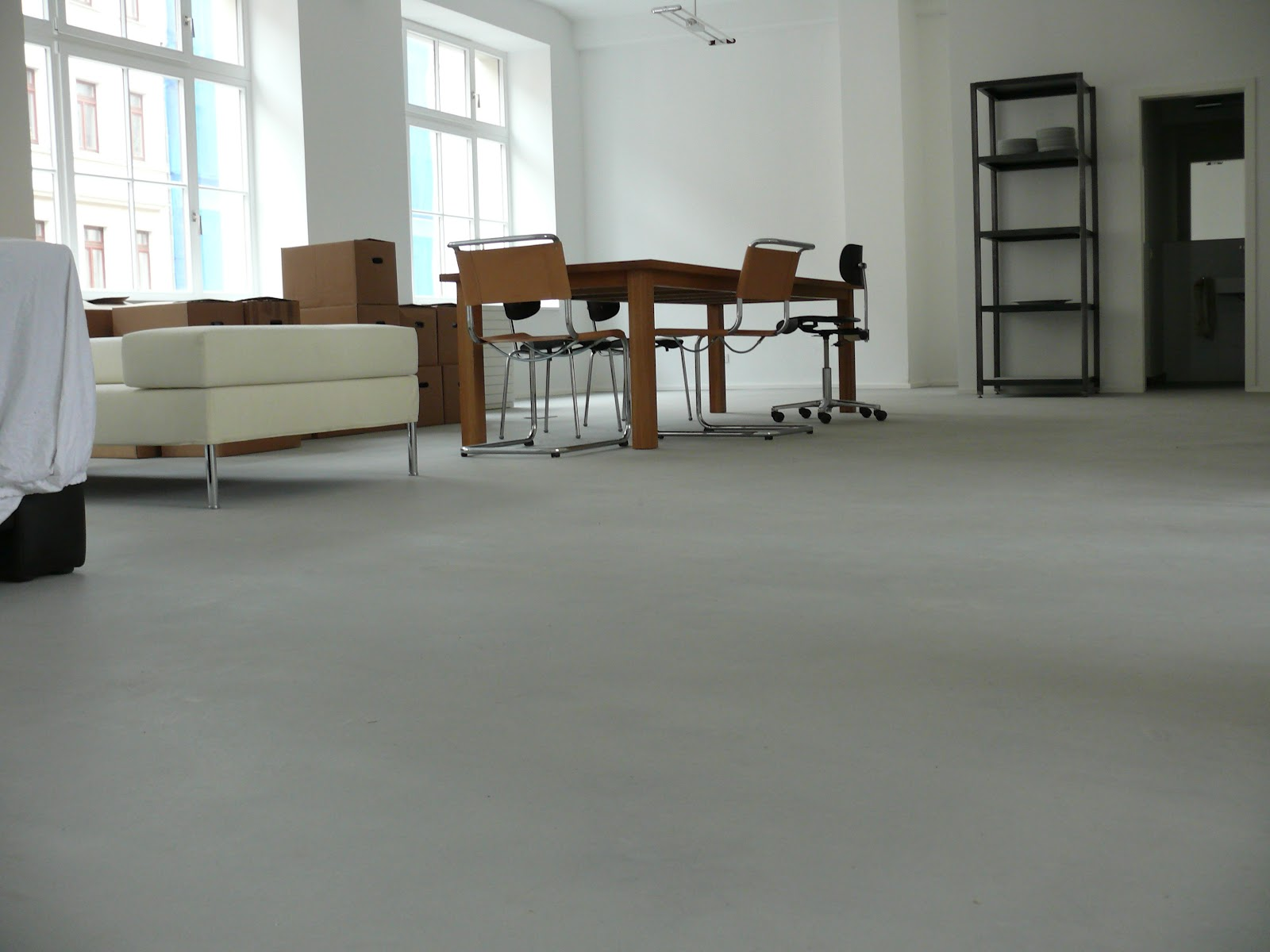 betoncire natur leosteen fabriketage in leipzig. Black Bedroom Furniture Sets. Home Design Ideas