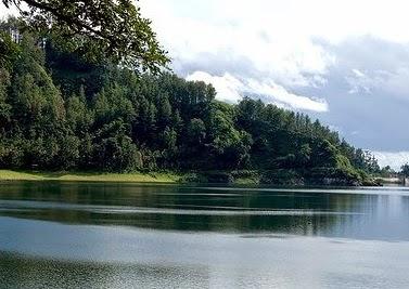 Tempat Wisata di Ponorogo Telaga Ngebel