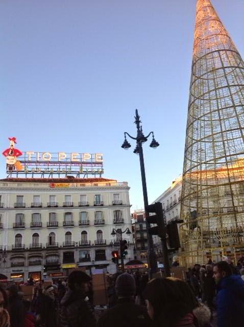 Parada y fonda de un viajero madrid y su tradicional - Mercado de navidad madrid ...