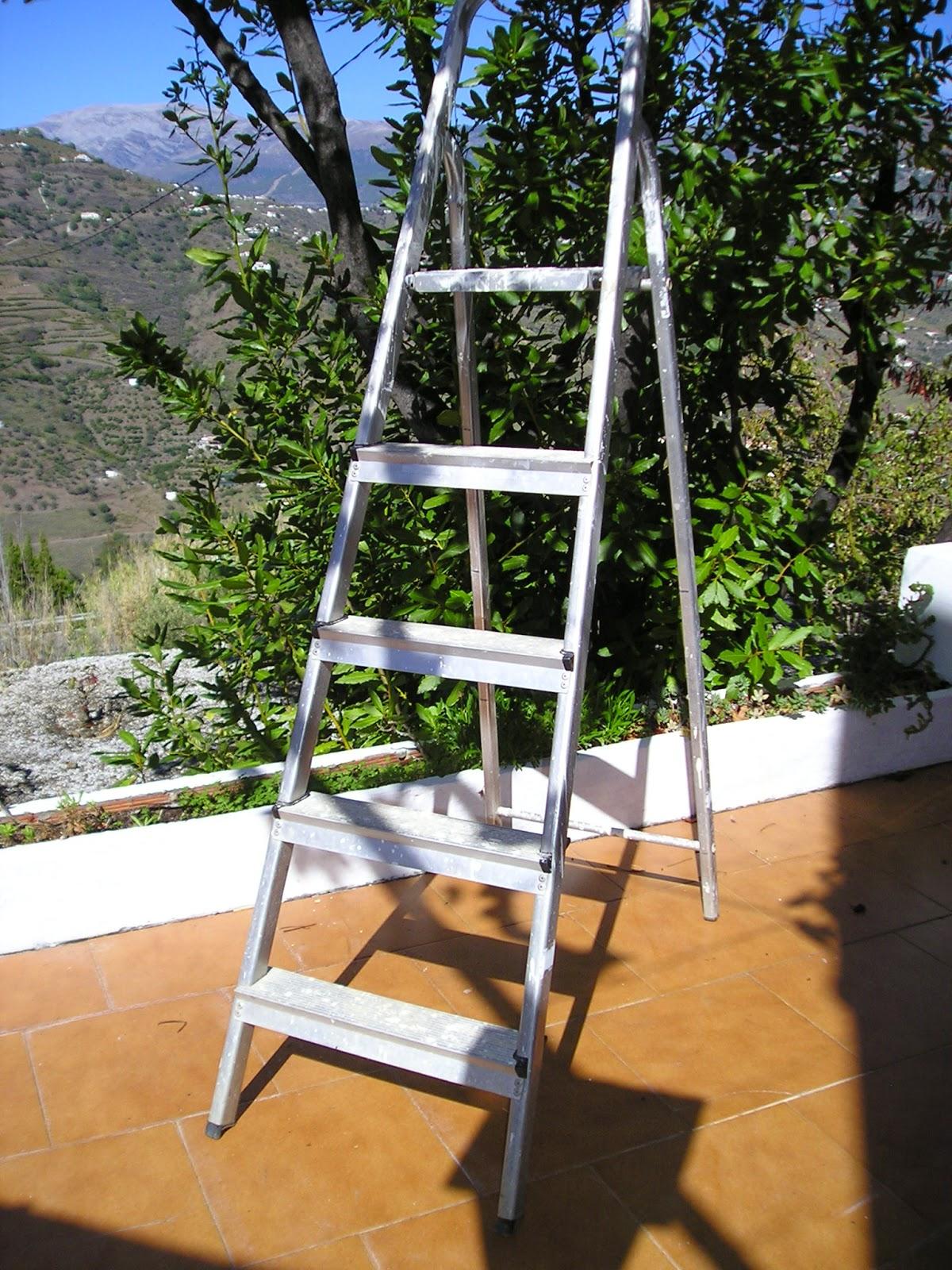 digame for sale step ladders. Black Bedroom Furniture Sets. Home Design Ideas