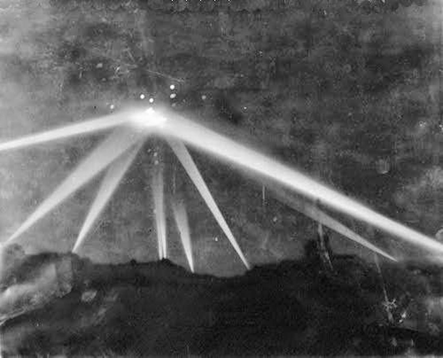 This Day In UFO History: 73 Years ago! The Battle Of Los Angeles, Feb 25, 1942