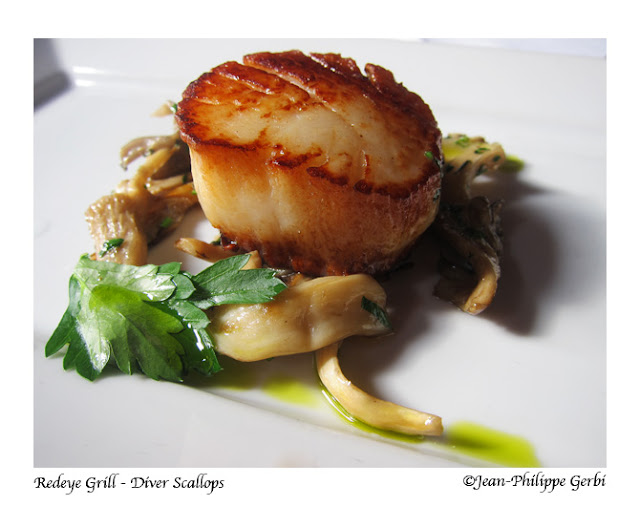 Image of the Diver scallops at the Redeye Grill in NYC, New York
