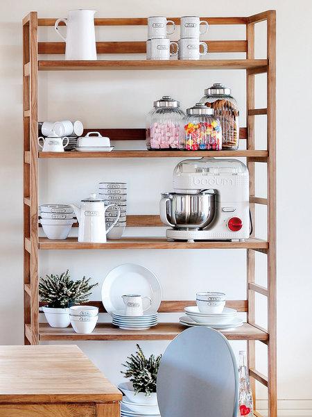 Decora hogar 10 ideas de estantes abiertos para cocinas v deo hacer un estante con cajones de - Estante con cajon ...
