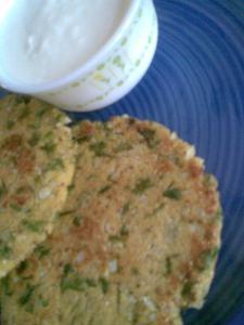 mooli paratha with makki ka atta / radish flatbreads made with cornmeal