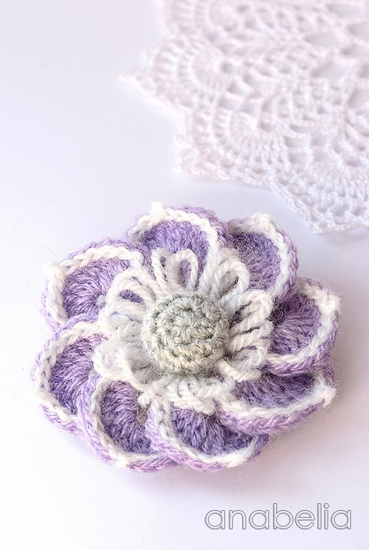 Lily crochet brooch by Anabelia
