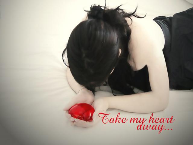 http://2.bp.blogspot.com/-KGIUnArwnIs/ToF--tTo83I/AAAAAAAAAYk/99s_5ufgbrk/s1600/Take_My_Heart_2-798394.jpg