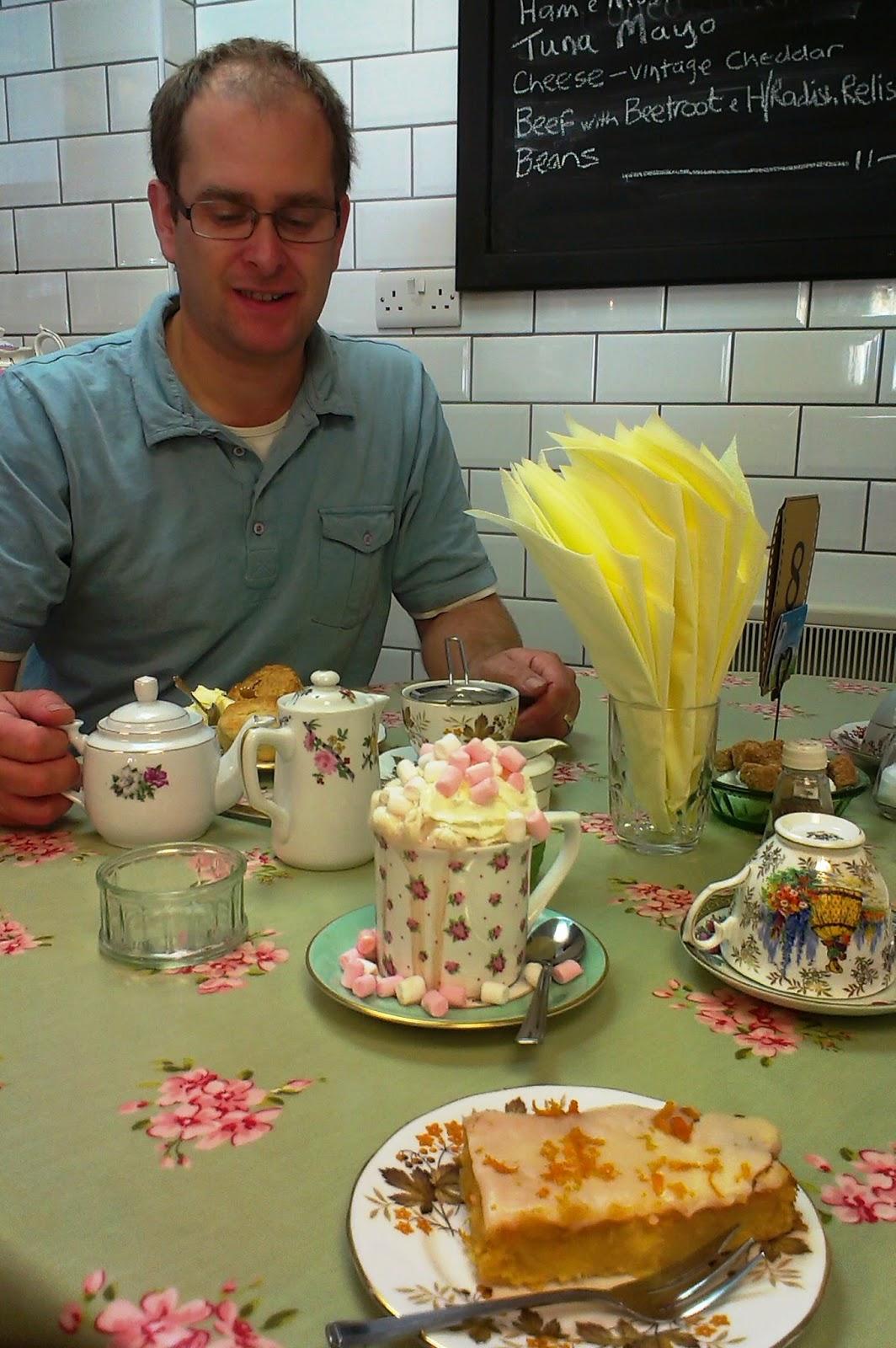 Sally Vintage Chic Cafe, Minehead